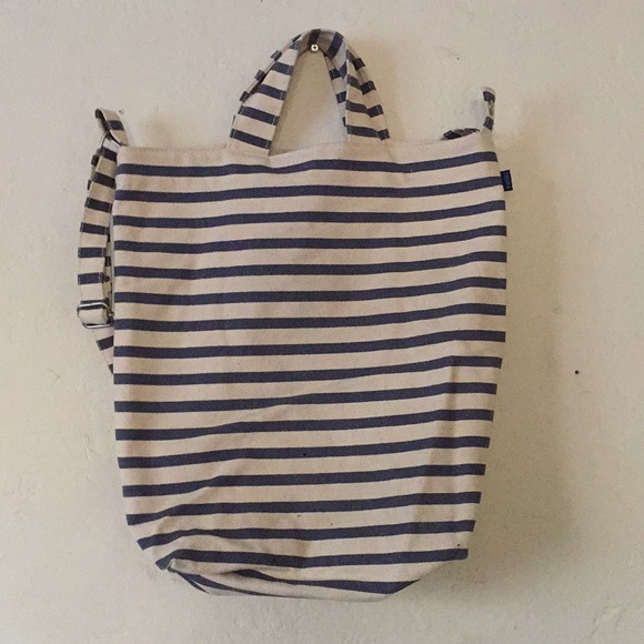 BAGGU Handbags - Baggu canvas striped tote NWOT